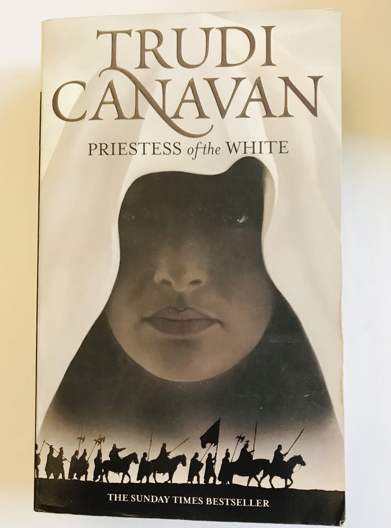 Priestess of the White by Trudi Canavan (Book 1 of the Age of the Five)