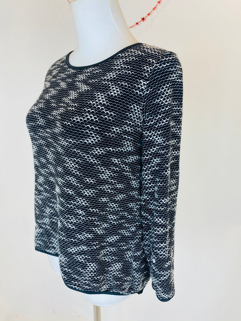 vLONDON Black Knitted Top (Small/Medium)