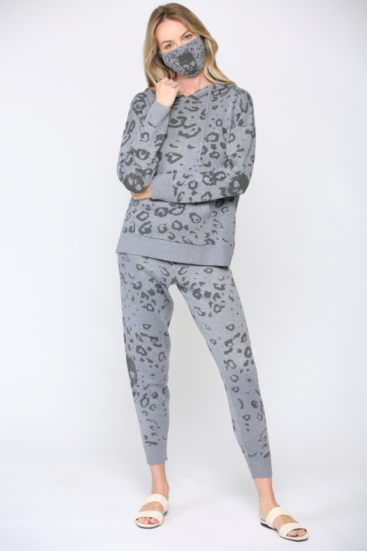 Leopard Skull Knit Jogger Pants - honey