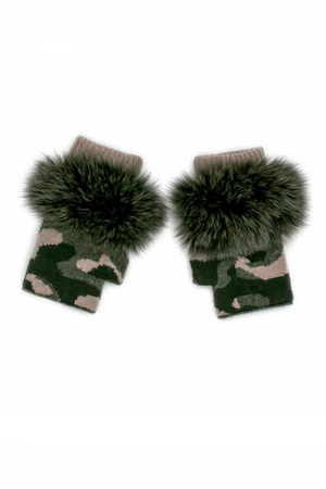 Camo Knitted Gloves with Fox Trim - honey
