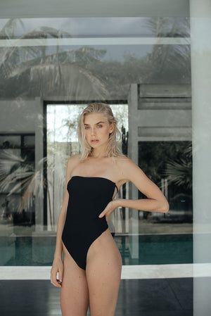 Tetris One Piece Black| Veronika Pagan