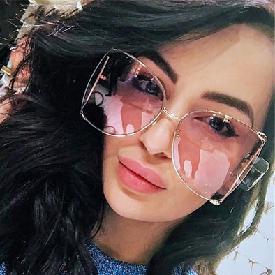 Fashion Oversized Sunglasses Women 2021 Brand Designer Big Square Sun Glasses Pearl Decoration Cat Eye Shades Butterfly Eyewear