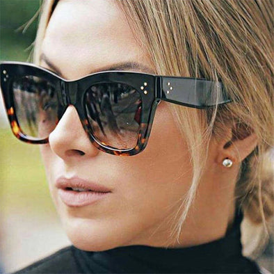 Free - Women Classic Cat Eye Sunglasses