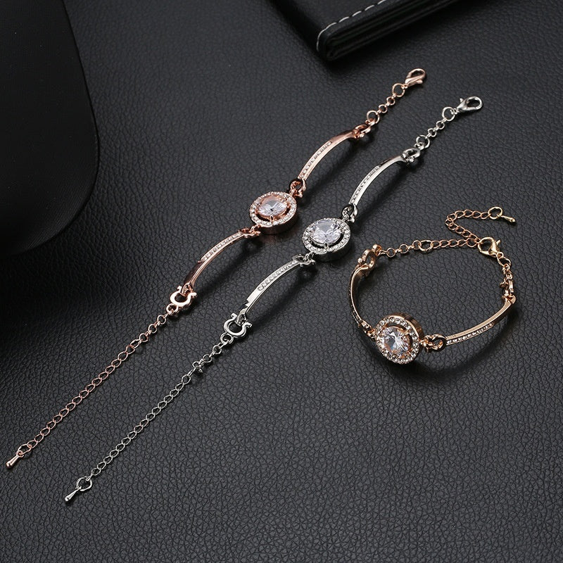 Women's Fashion Bracelet Joker Bracelet Simple temperament noble flash drill bracelet