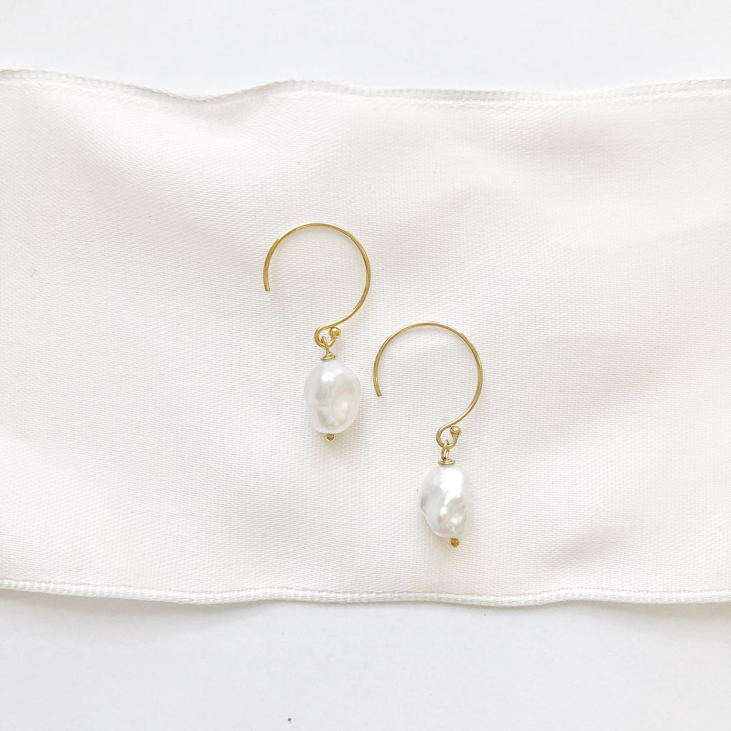 Pearl Earring with gold hoop
