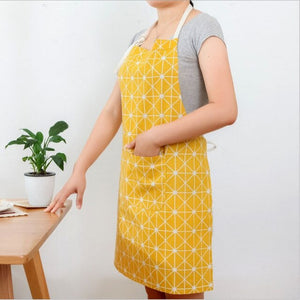 New Antifouling Apron Christmas Tree Deer Nordic Style Plus Cotton Linen Apron Printed Apron Couple Models Kitchen Companion