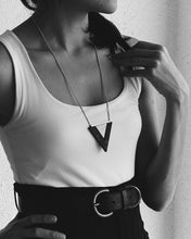 Load image into Gallery viewer, Ebony/Ivory Valley necklace