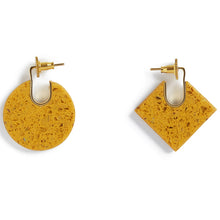 Load image into Gallery viewer, Mustard Shape Earring