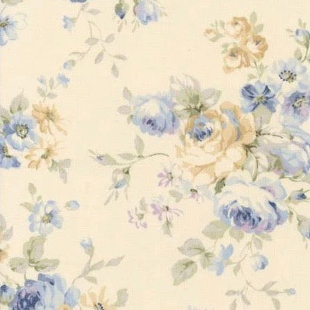 Lecien Durham Quilt Collection 2019 Roses on Ivory Fabric