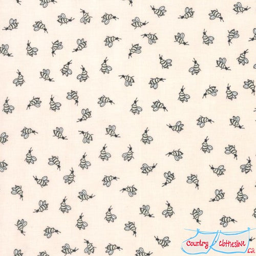 Quilt Fabric - Bees In Sweet Cheeks