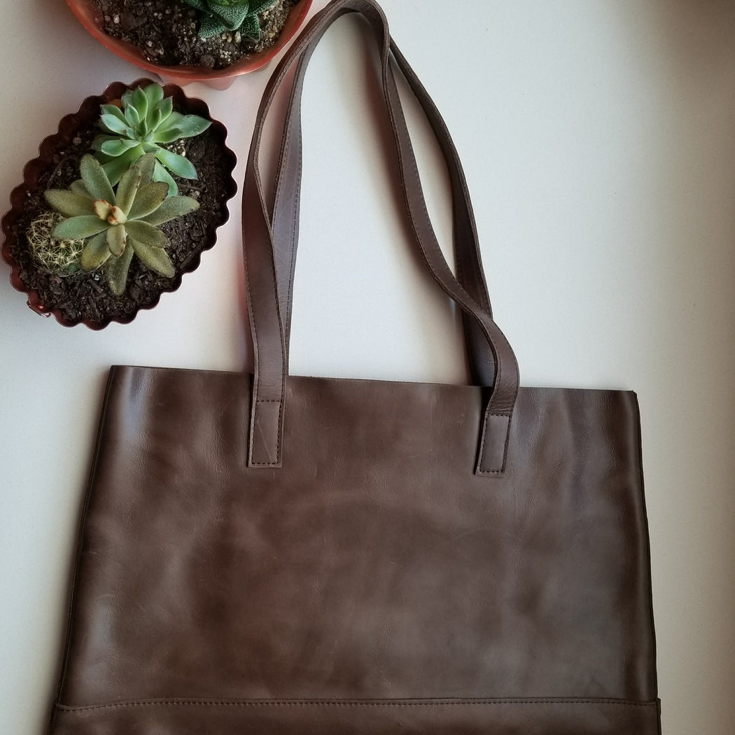 Mamuye Tote in Brown