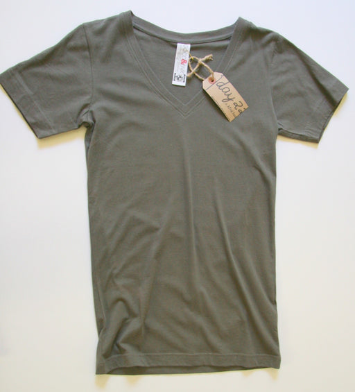 Organic V Neck Tee in Grey