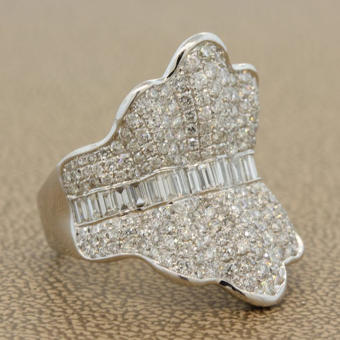 Diamond Pave Gold Ballerina Ring