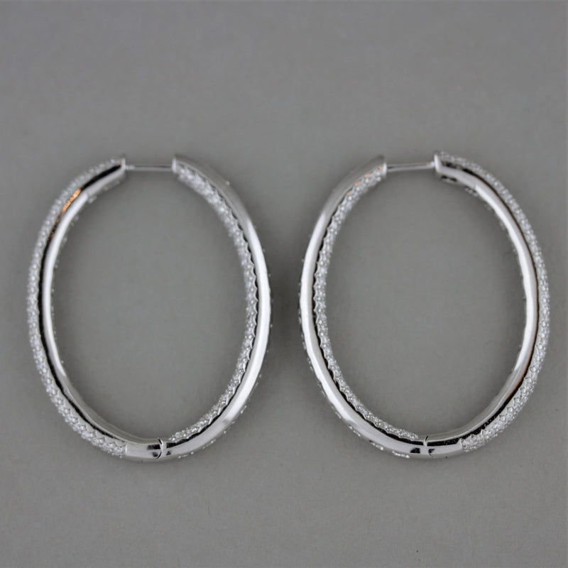 Diamond Pavé Gold Oval Hoop Earrings