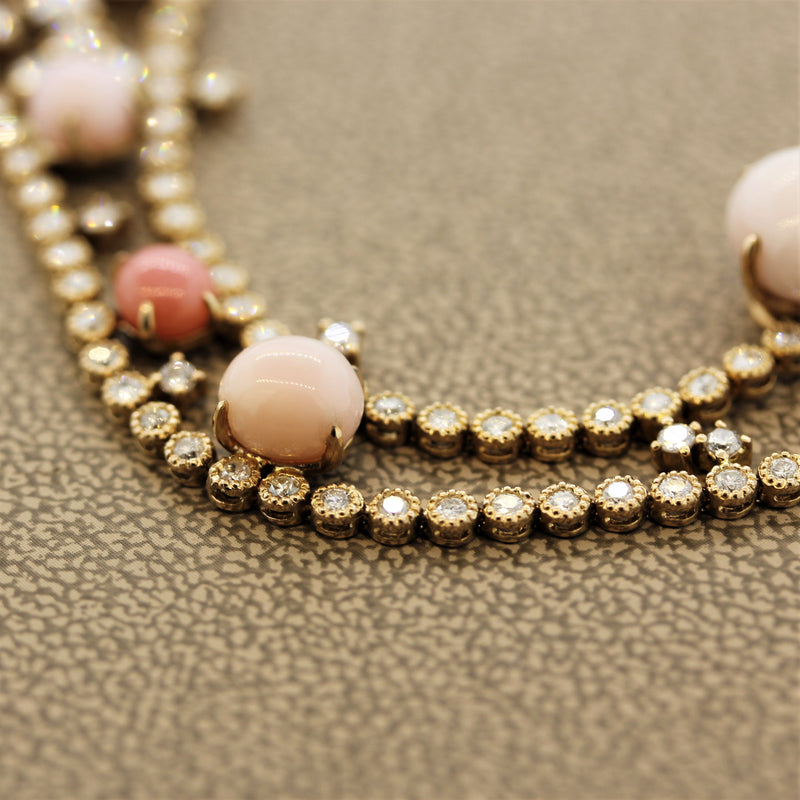 Conch Pearl Diamond Gold Necklace