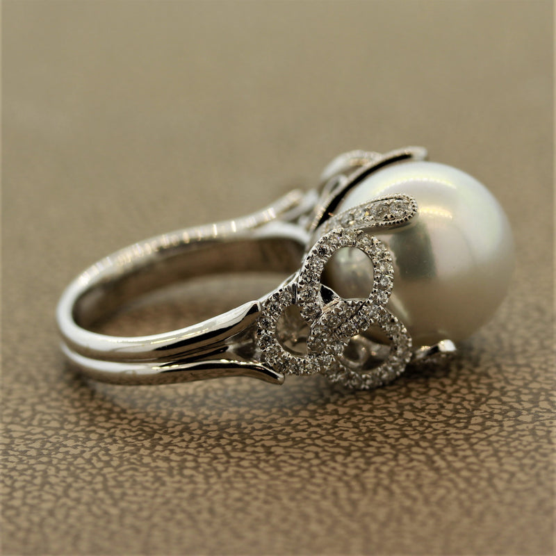 South Sea Pearl Diamond Pave Loop Design Gold Ring