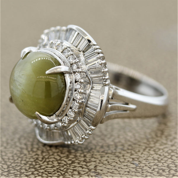 Cat's Eye Chrysoberyl Diamond Platinum Cocktail Ring
