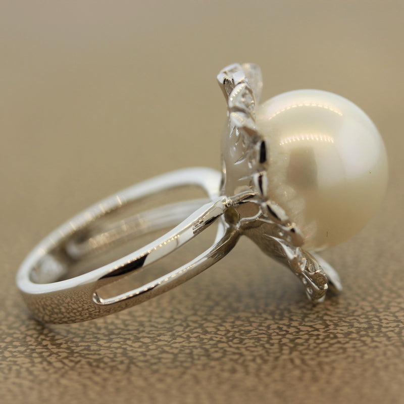 South Sea Cultured Pearl Diamond Gold Blossom Ring