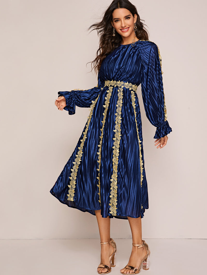 Embroidery Appliques Raglan Sleeve Pleated Satin Dress