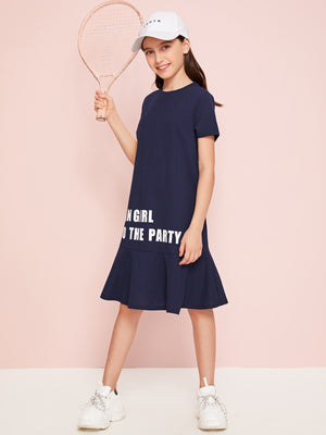 Girls Ruffle Hem Slogan Graphic Smock Dress