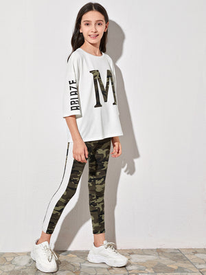 Girls Drop Shoulder Letter Graphic Top & Striped Side Camo Leggings Set