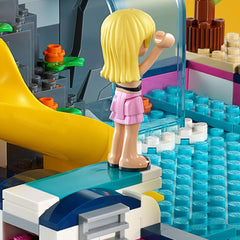 LEGO 41374 FRIENDS ANDREAS POOL PARTY