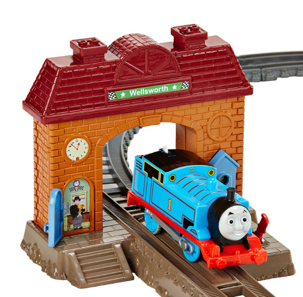 THOMAS AND FRIENDS TRACKMASTER STATION STARTER SET