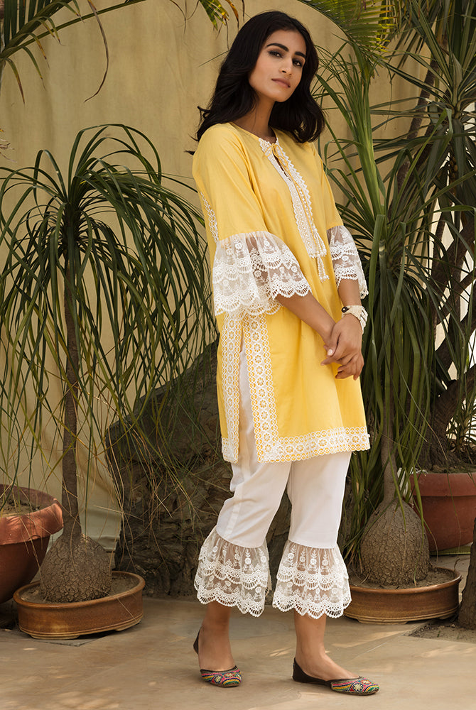 Butter Scallop Mesh Kurta Set