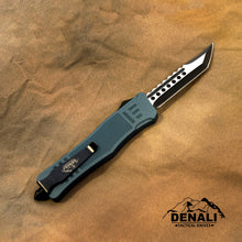 Load image into Gallery viewer, Large Denali Devil Dog OTF knife, 9.5 inches open