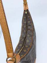 Load image into Gallery viewer, Louis Vuitton Boulonge 35