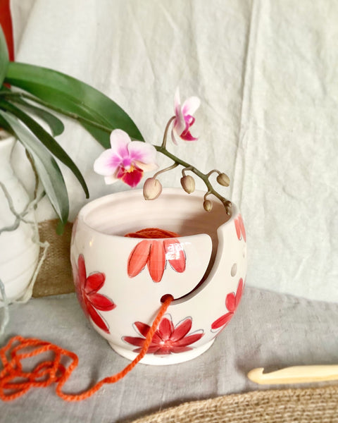 Small crochet or yarn bowl for crochet or knitting with an Red flowers