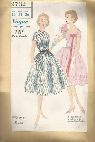 1950s Cocktail Dress Easy to Sew  Vogue 9732 Bust 34 Uncut FF