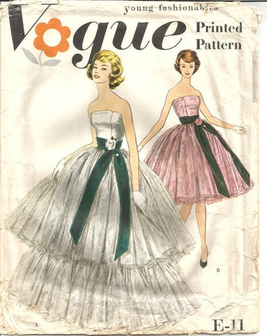 1950s Evening Gown Wedding Gown Ball Gown Strapless or Spaghetti Straps Vogue E-11 Unused Bust 32 Women's Vintage Sewing Pattern