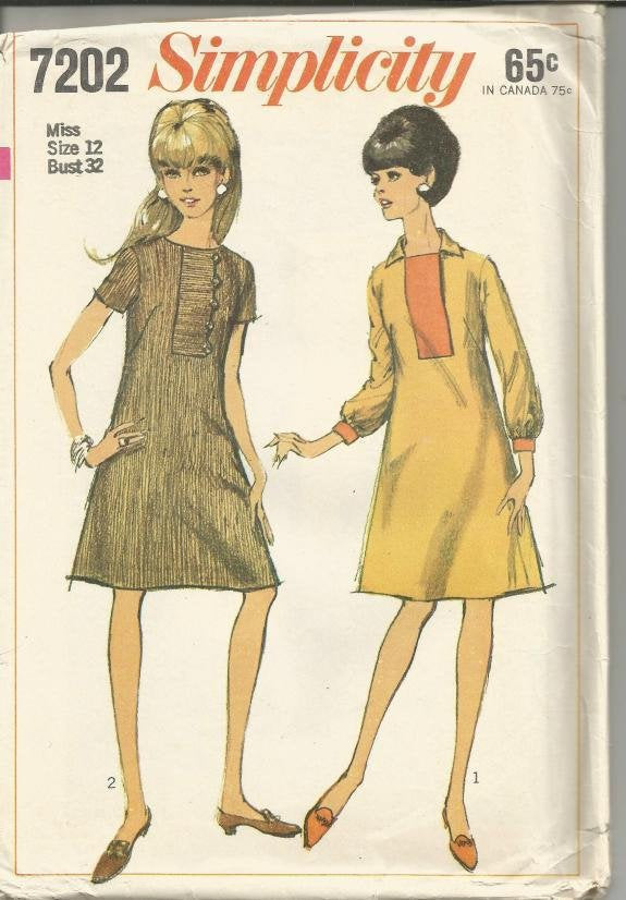 1960s A-Line Short Sleeves Long Sleeves Set-In Front Band Simplicity 7202 Uncut FF Bust 32 Women's Vintage Sewing Pattern