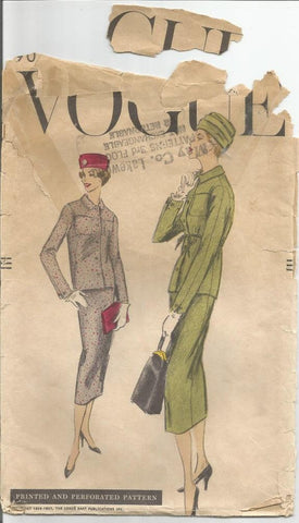 1950s Suit Slim Skirt Fitted Jacket Office Business Career Wear Vogue 9044 Size 12 Bust 32 Women's Vintage Sewing Pattern