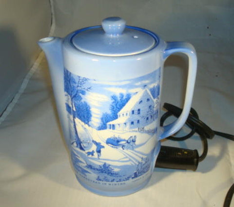 Vintage Currier and Ives Hot Pot Teapot Water Heater Made in Japan Working Condition