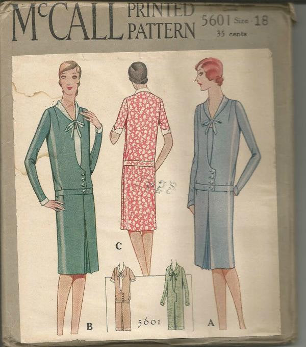 1920s V Neck Dropped Waist Dress Short or Long Sleeves McCall 5601 Bust 36 UNCUT FF Women's Vintage Sewing Pattern - Kinseysue's Shop