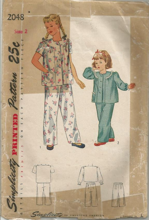 1940s Toddler Girl Pajamas Short or Long Sleeves Sweetheart Neckline Simplicity 2048 C/C Size 2 Breast 21 Girls' Vintage Sewing Pattern