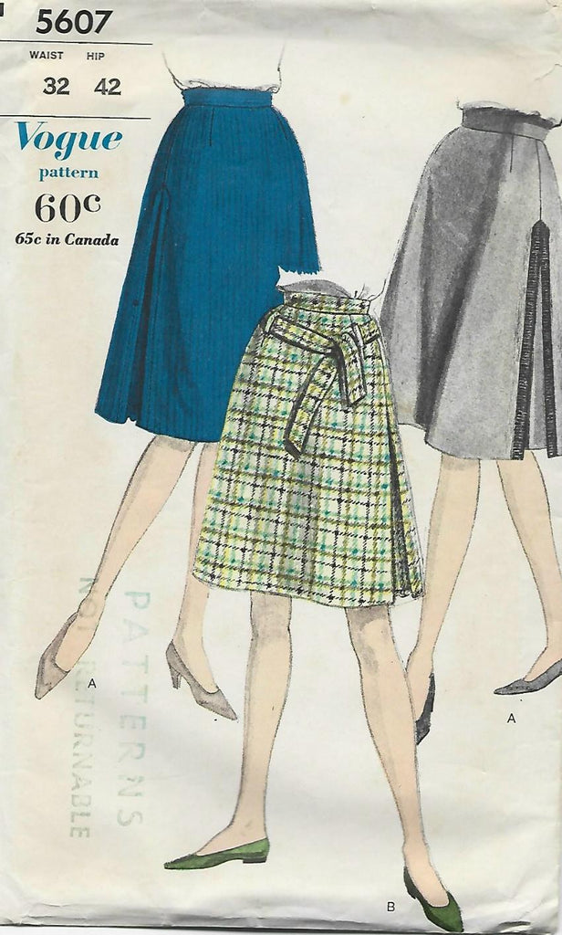 1960s A-Line Skirt in 2 Lengths Vogue 5607 C/C Waist 32