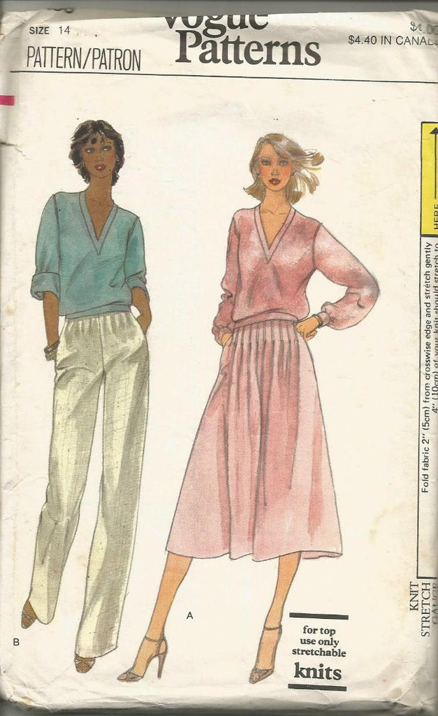 1970s V-Neck Top Flared Skirt Straight Leg Pants Vogue 7138 Partially Cut/Complete Size 14 Bust 36 Women's Vintage Sewing Pattern