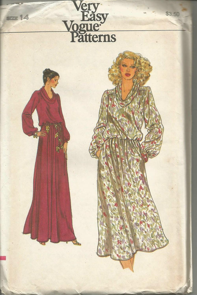 1970s Evening or Day Dress Easy to Sew Vogue 7221 UNCUT FF Bust 36