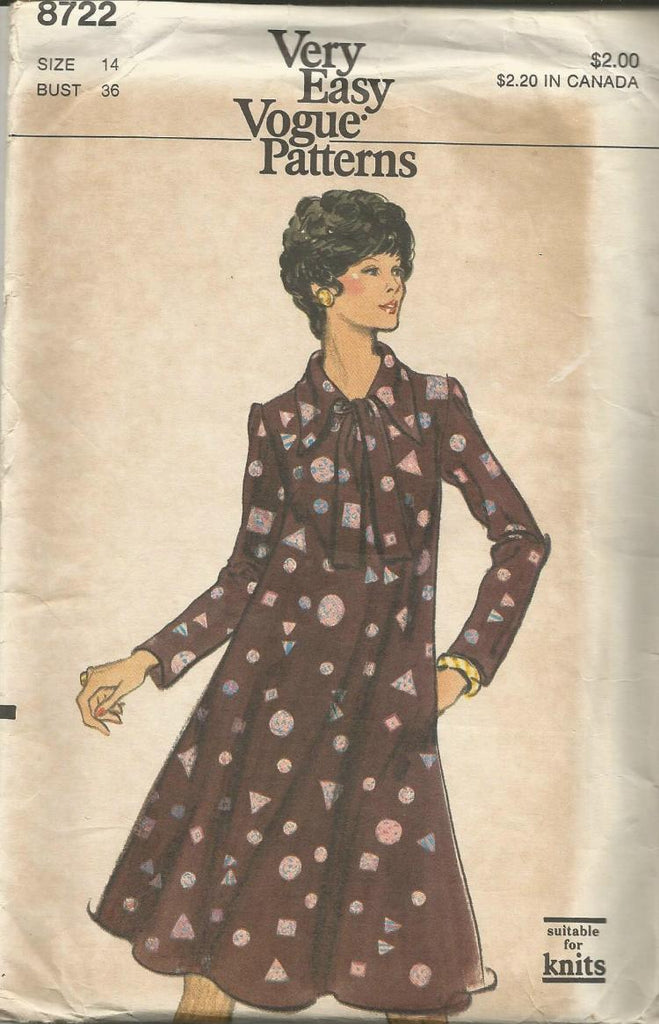 1980s Tent Dress Long SLeeves Pointed Collar Easy to Sew Vogue 8722 UNCUT FF Size 14 Bust 36 Women's Vintage Sewing Pattern