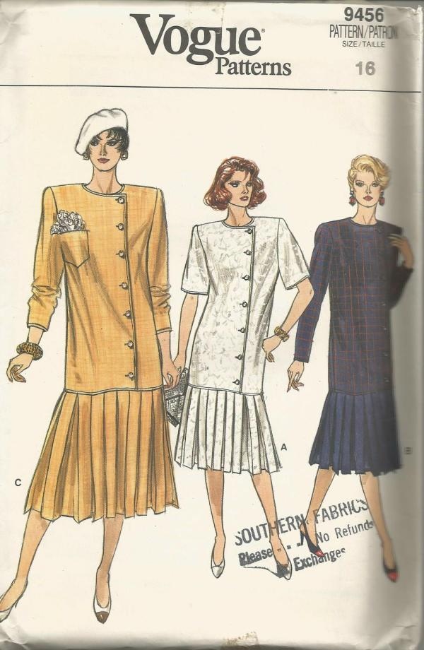 1980s Long Torso Dress Pleated Skirt Vogue 9456 UNCUT FF Bust 38 Women's Vintage Sewing Pattern