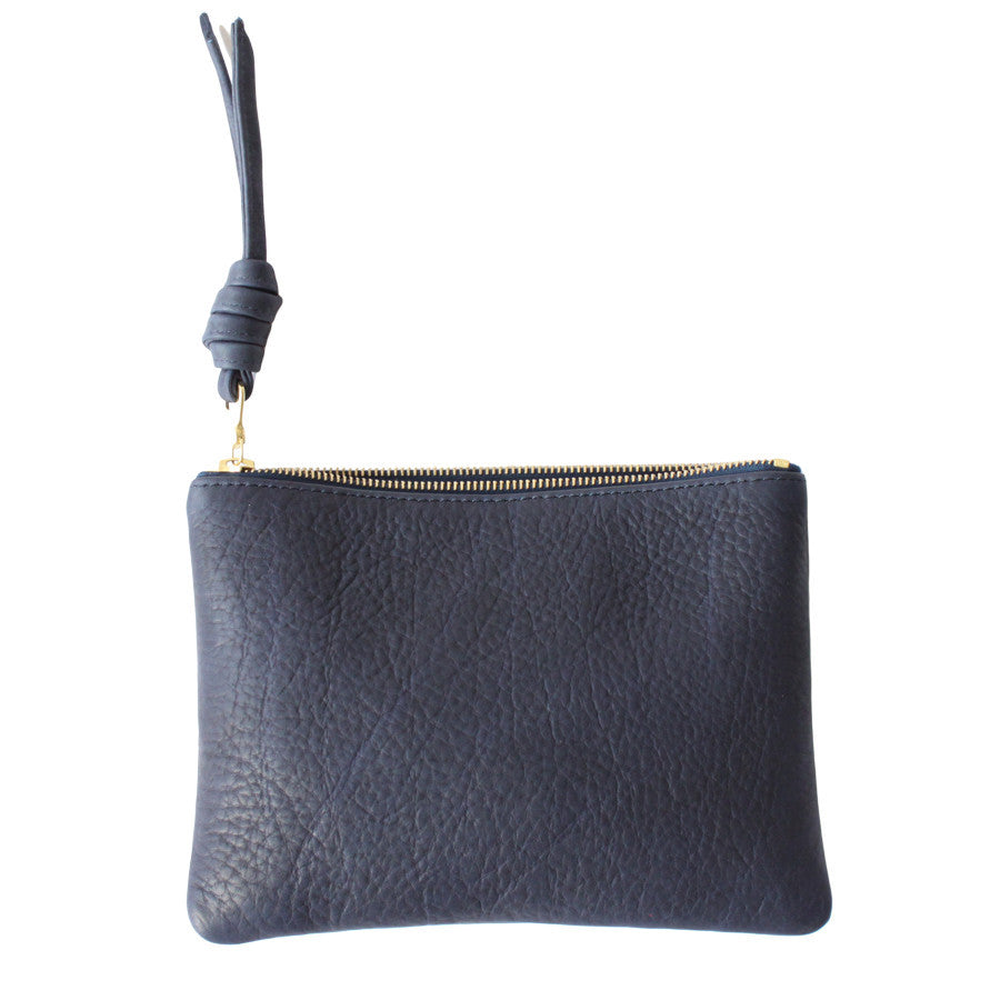 rennes Navy Pouch Medium 002