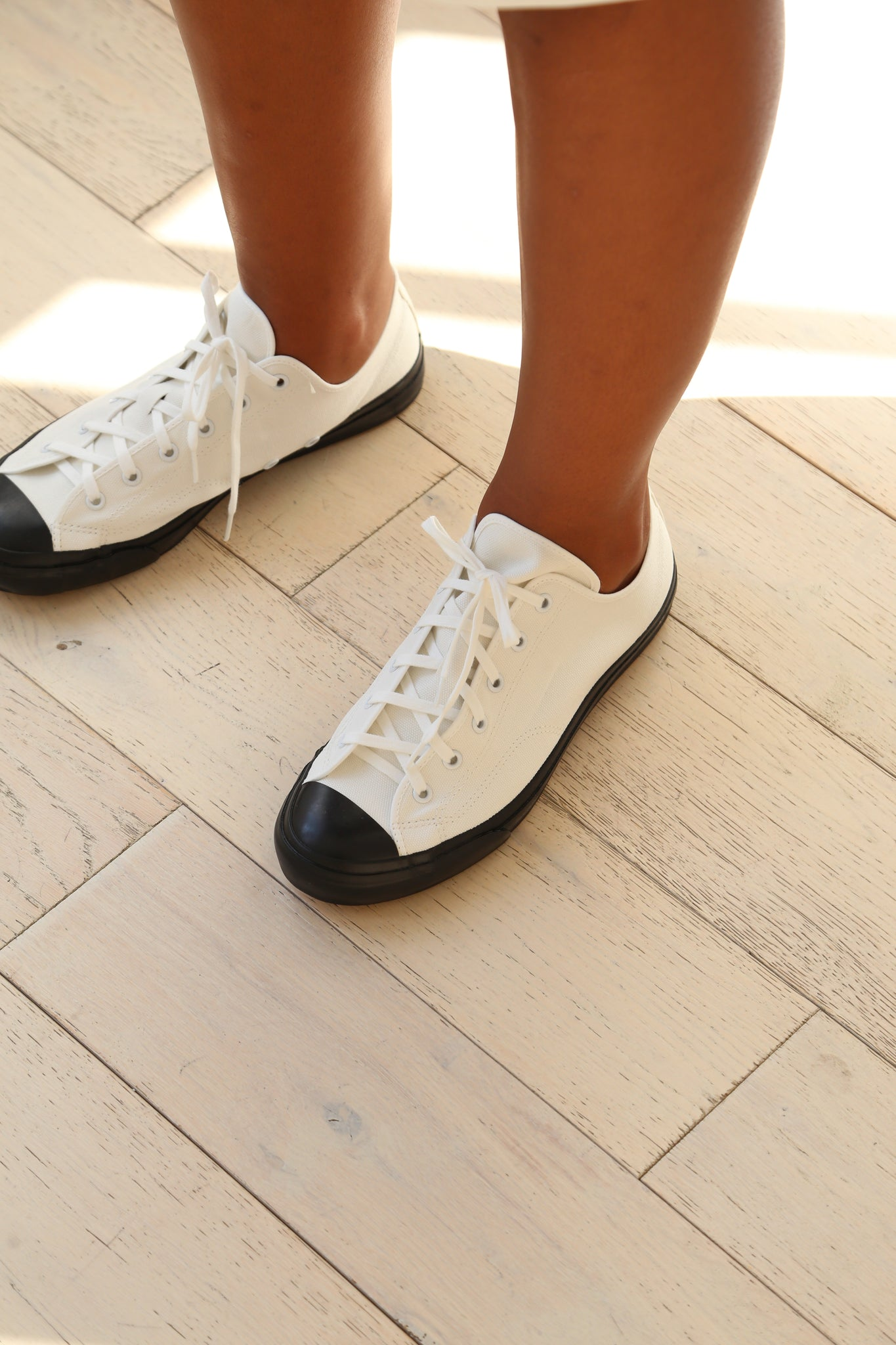 Evam Eva Sneakers in Black and White