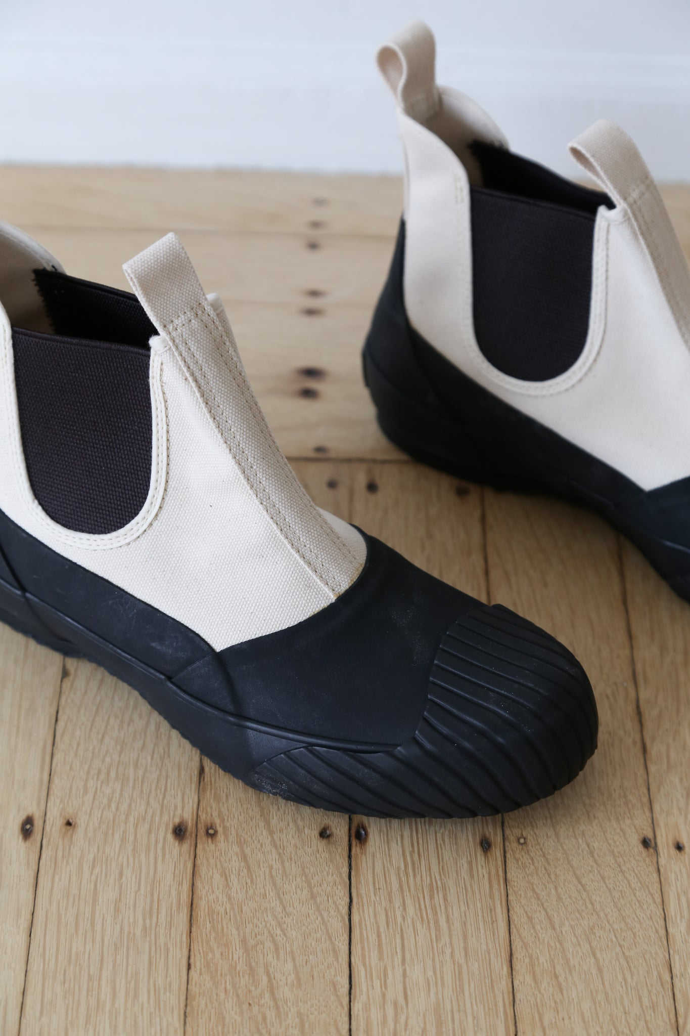 Moonstar Goa Boot Black White