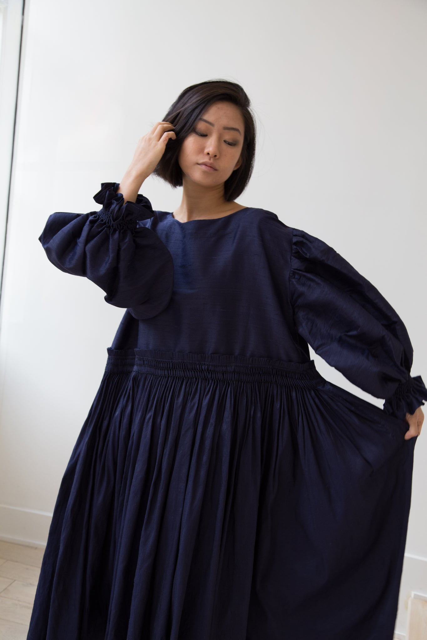 Karu Potter's Blouse in Navy