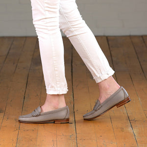 Women's Beefroll Penny Loafers - Gray Chromexcel