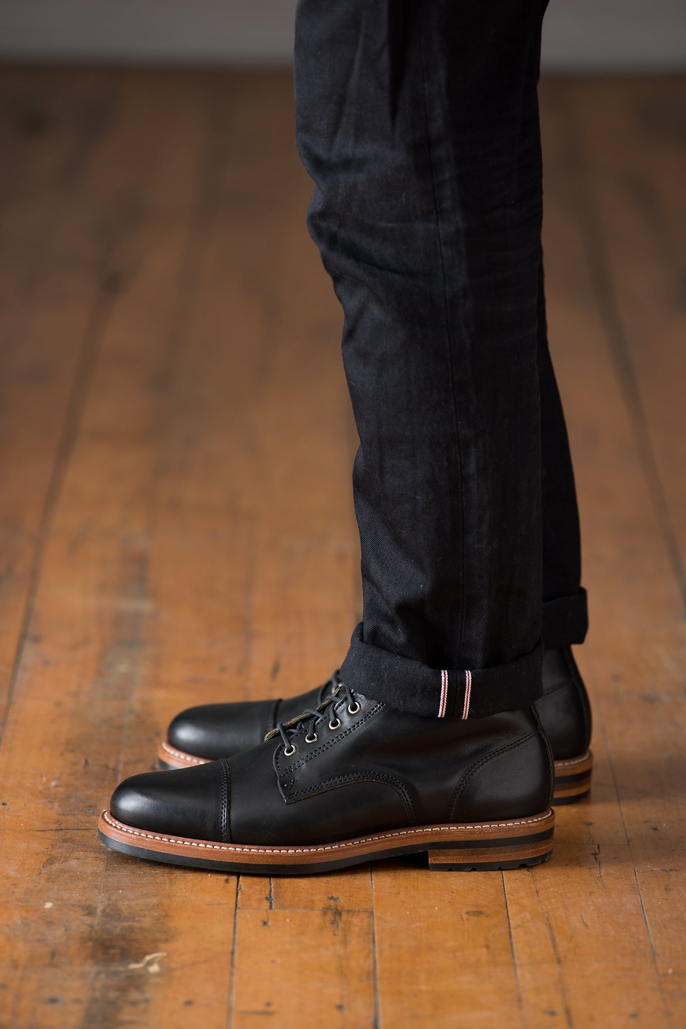 Byron Boot - Black Essex