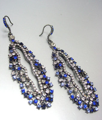 Alanna Dangle Earrings